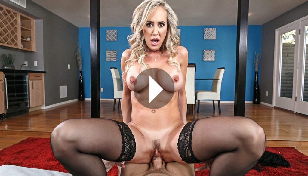 Brandi Love VR Porn